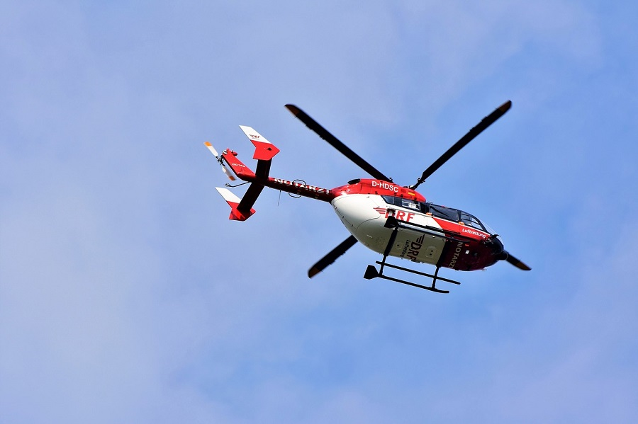 Wiosenna wyprawa w Tatry - helikopter GOPR